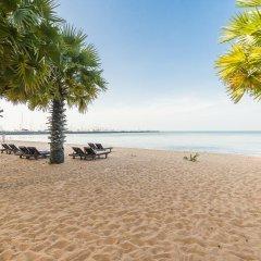 Отель Ravindra Beach Resort And Spa пляж
