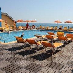 Отель Grand Hotel Dei Cesari Dependance Италия, Анцио - отзывы, цены и фото номеров - забронировать отель Grand Hotel Dei Cesari Dependance онлайн бассейн фото 3