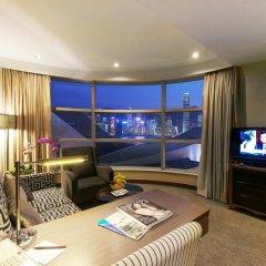 Отель The Salisbury - YMCA of Hong Kong Люкс с различными типами кроватей