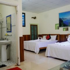 Отель Binh Yen Homestay (Peace Homestay) Стандартный семейный номер с двуспальной кроватью фото 3