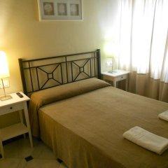 Отель Pension Perez Montilla 2* Стандартный номер с двуспальной кроватью (общая ванная комната) фото 2