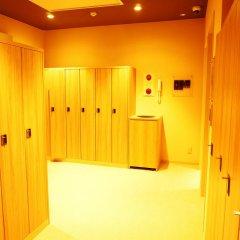 Tokyo Ekimae BAY HOTEL Капсула в мужском общем номере фото 6