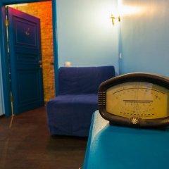 Мини-отель Pro100Piter Семейный номер Эконом с разными типами кроватей (общая ванная комната) фото 4