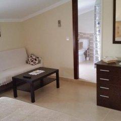Отель Hostal Málaga Стандартный номер с двуспальной кроватью фото 15