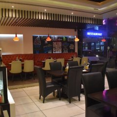 Hotel Godwin Deluxe гостиничный бар