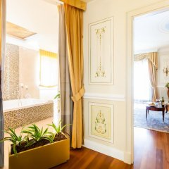 Radisson Blu GHR Hotel, Rome 5* Стандартный номер с различными типами кроватей фото 4
