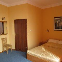Отель Noclegi Apro 2* Стандартный номер с двуспальной кроватью