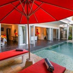 Отель Aleesha Villas 3* Вилла Премиум с различными типами кроватей фото 12
