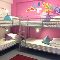 RedDoorz Hostel Кровать в женском общем номере с двухъярусной кроватью фото 12