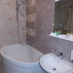 Гостиница ZARA ванная фото 2