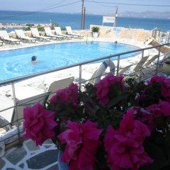 Hotel Milos бассейн