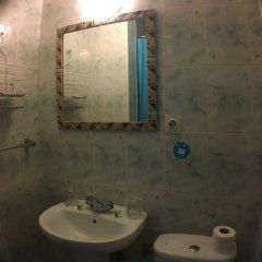 Отель Hostal La Plata Стандартный номер с двуспальной кроватью фото 4