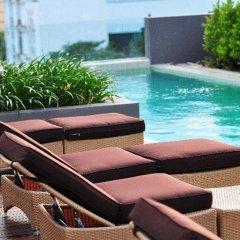 Отель Page 10 Hotel & Restaurant Таиланд, Паттайя - отзывы, цены и фото номеров - забронировать отель Page 10 Hotel & Restaurant онлайн бассейн фото 3