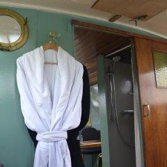 Отель Floating B&B Amsterdam Нидерланды, Амстердам - отзывы, цены и фото номеров - забронировать отель Floating B&B Amsterdam онлайн удобства в номере
