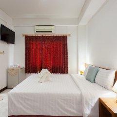 Отель Karon Sunshine Guesthouse & Bar 3* Стандартный номер с различными типами кроватей фото 15