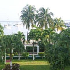 Отель Beach One Bedroom Suite 13