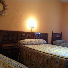 Отель Hostal Paracuellos комната для гостей