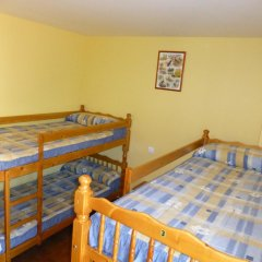 Отель Albergue Turistico Briz Кровать в общем номере с двухъярусной кроватью фото 4