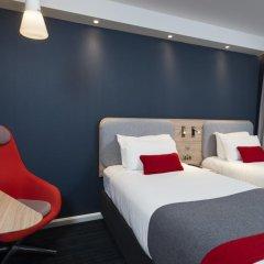 Отель Holiday Inn Express London - Dartford спа