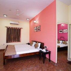 Отель FabHotel Golden Days Club комната для гостей