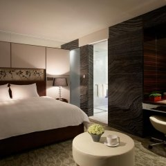 Lotte Hotel Seoul 5* Номер Делюкс с двуспальной кроватью