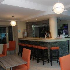 Hotel Bahia Suites гостиничный бар