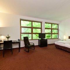 Novum Hotel City B Berlin Centrum 3* Стандартный семейный номер с разными типами кроватей фото 3