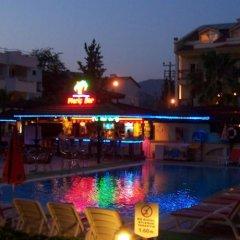 Отель Club Amaris бассейн фото 3