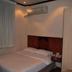 Suriwongse Hotel 3* Номер Делюкс с различными типами кроватей фото 8