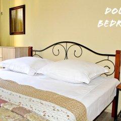 Отель Red Fox Guesthouse Стандартный номер с двуспальной кроватью (общая ванная комната) фото 4
