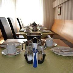 Отель Minerva Garni Германия, Дюссельдорф - 1 отзыв об отеле, цены и фото номеров - забронировать отель Minerva Garni онлайн питание фото 2