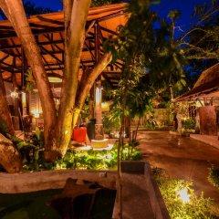 Отель Ananta Thai Pool Villas Resort Phuket гостиничный бар