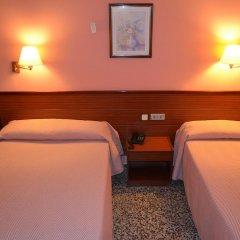 Отель Cuatro Naciones 2* Стандартный номер с 2 отдельными кроватями фото 3