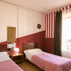 Отель Hostal Abaaly Стандартный номер с различными типами кроватей