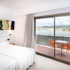Отель THB Ocean Beach 4* Улучшенный номер с различными типами кроватей фото 3