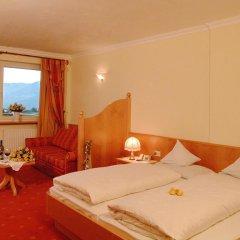 Отель Landsitz Stroblhof Тироло комната для гостей фото 3