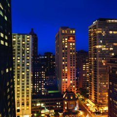 Отель Hilton Suites Chicago/Magnificent Mile вид на фасад фото 2