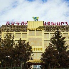 Отель World Of Gold спортивное сооружение