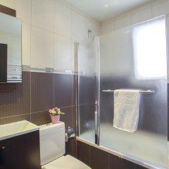 Отель Villa Michelle 2 Кипр, Протарас - отзывы, цены и фото номеров - забронировать отель Villa Michelle 2 онлайн ванная