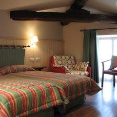 Отель Hostal Beti-jai Стандартный номер с различными типами кроватей фото 10