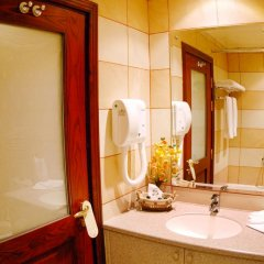 Отель Al Liwan Suites 4* Люкс повышенной комфортности с различными типами кроватей