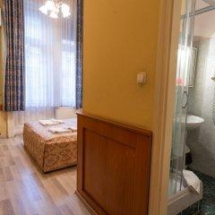 Отель Swing City Венгрия, Будапешт - 6 отзывов об отеле, цены и фото номеров - забронировать отель Swing City онлайн ванная фото 2