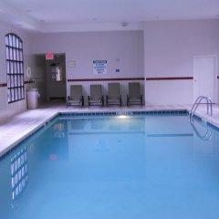 Отель Staybridge Suites Columbus-Airport бассейн
