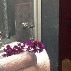 Отель Riad and Villa Emy Les Une Nuits Марокко, Марракеш - отзывы, цены и фото номеров - забронировать отель Riad and Villa Emy Les Une Nuits онлайн ванная фото 2