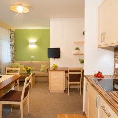 Отель Appartementhaus Residence Hirzer Тироло в номере