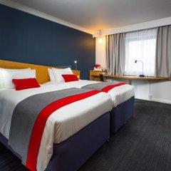 Отель Holiday Inn Express Glasgow City Centre Riverside 3* Стандартный номер с 2 отдельными кроватями фото 4