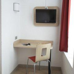 Отель Première Classe Lille Centre Стандартный номер с различными типами кроватей