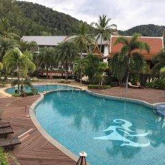 Отель Royal Lanta Resort & Spa Таиланд, Ланта - 1 отзыв об отеле, цены и фото номеров - забронировать отель Royal Lanta Resort & Spa онлайн бассейн фото 2