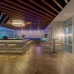 Отель Meliá Kuala Lumpur Малайзия, Куала-Лумпур - отзывы, цены и фото номеров - забронировать отель Meliá Kuala Lumpur онлайн гостиничный бар фото 3