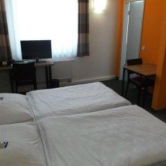 Отель Townhouse Düsseldorf 3* Стандартный номер с двуспальной кроватью фото 5
